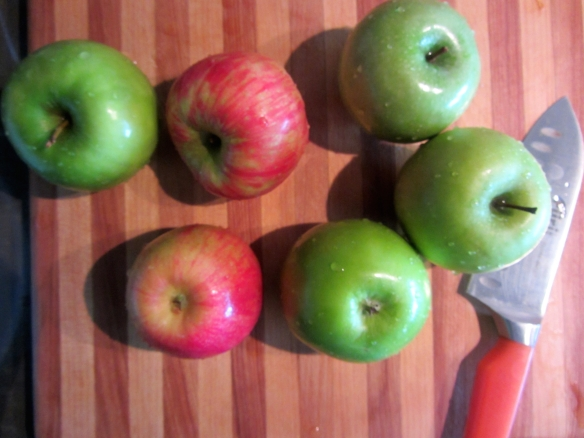 My apples of choice: Granny Smith & Honey Crisp.  Tart and sweet.