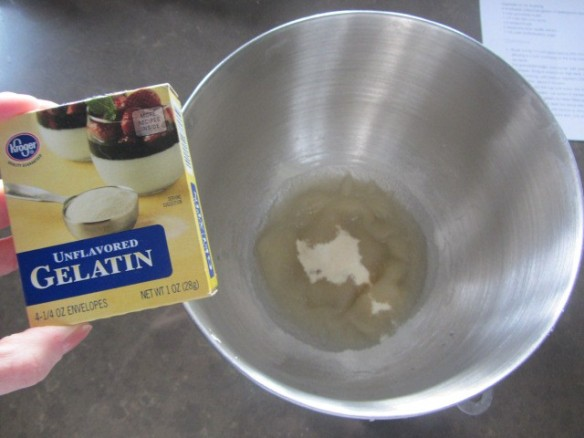 Sprinkle four packets of unflavored gelatin on top of 3/4 cup of cold water in a mixing bowl.  Let sit for 5 minutes to allow the gelatin to soften.