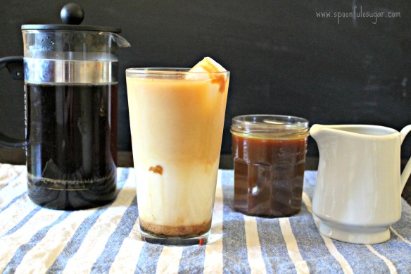 Iced Caramel Macchiato | Spoonful of Sugar